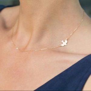 Gold Unique Dove Side Necklace